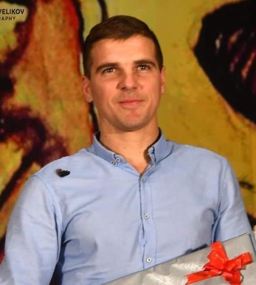Даниел Костов